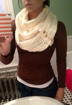Chunky white crochet infinity scarf. with vintage toggles. Looks similar to the one I made @Lynn Sharbutt for Xmas! #CrochetScarf