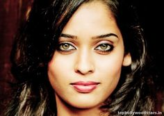 Neha Saxena - Actress. Beautiful eyes!!!
