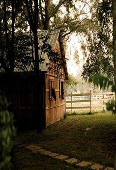 Heaven would be a horse barn in my backyard. Country Barns, Country Life, Country Living, Country Roads, Country Charm, Horse Barns, Old Barns, Horses, Champs