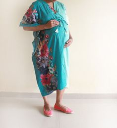 Because I refuse to have my first photos with our future babies in a regular hospital gown!  Turq Garden Birthing MID CALF for mothers to be baby by comfymommy, $39.00