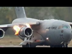 Bird Strike, C 17 Globemaster Iii, Gif Pictures, Airplanes, Seoul, Fighter Jets, Aircraft, Planes, Aviation