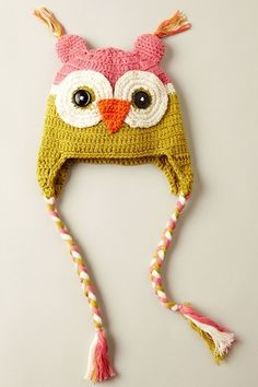 """Owl hat!  Yes, I purposely put this in my """"cute clothes"""" folder.  I'd rock this hat, I am pretty sure.  :)"""