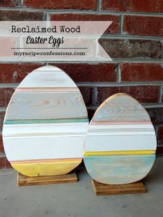 Reclaimed Wood Easter Eggs. This is the ultimate Easter home décor tutorial. I love diy crafts and these Easter eggs are so fun and cheap to make! I love the vintage look that the reclaimed wood gives this project. They fit in perfectly with my other vintage décor.