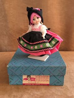 Yugoslavia international doll Madame Alexander dark haired wendy of the world #MadameAlexander #DollswithClothingAccessories