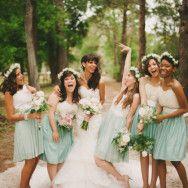 bridesmaids having fun | Beca Companioni Photography (12)