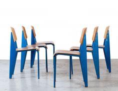 Histoire de Design : Chaise Métropole n°305 par Jean Prouvé 1934 #design #furniture #pin_it @mundodascasas www.mundodascasas.com.br
