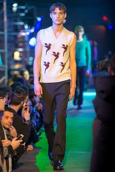 Raf Simons Fall 2015 Menswear Collection Photos - Vogue