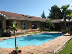 """Address:  16 Wattle Road , Heather Park  Asking Price: R1 950 000  Contact:  Liezl Joubert 076 910 2723  Description:  """"Stunning family home with all the space you need!"""""""