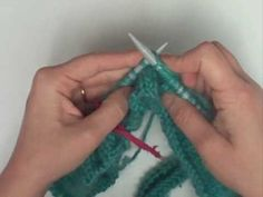 ▶ Tejer con aguja circular / Circular needle Knitting - YouTube