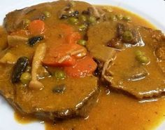 REDONDO DE TERNERA CON SETAS Beef Casserole Recipes, Meat Recipes, Mexican Food Recipes, Real Food Recipes, Cooking Recipes, Ethnic Recipes, Healthy Menu, Healthy Recipes, Lunches And Dinners