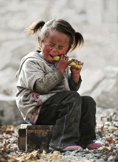 Hungry Girl by Heidi yang, via 500px