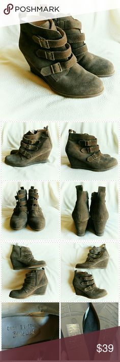 "Chelsea Crew Black Label ankle boots *Price Negotiable *No Trades  Beautiful brown suede ankle boots from Chelsea Crew in size 8. Comfortable 3"" wedge heel, zide zip, and 3  adjustable straps. EUC  Heel height 3"" {10% off bundles of 2+ listings} Chelsea Crew Shoes Ankle Boots & Booties"