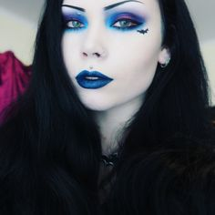 Can we just all appreciate Reeree Phillips beauty and makeup skill <3