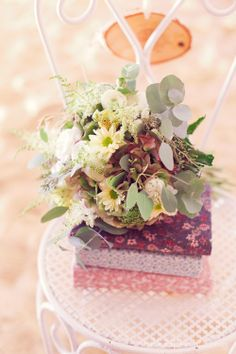 decoration mariage rustique chic la mariée en colère  http://lamarieeencolere.com/post/33881756233/decoration-rustique-chic