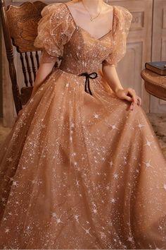 Pretty Prom Dresses, Stunning Dresses, Elegant Dresses, Pretty Outfits, Vintage Dresses, Nice Dresses, Formal Dresses, Ball Gown Dresses, Evening Dresses