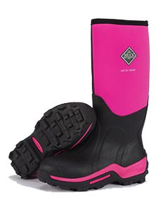 PINK Muck Boots!!!  These are the best wellies