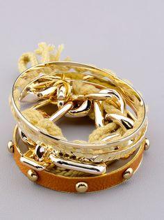 Браслет 'Fashion Jewelry': продажа, цена в Львовской области, Карпатская Магнолия Fashion Jewelry, Bracelets, Gold, Trendy Fashion Jewelry, Bracelet, Costume Jewelry, Stylish Jewelry, Arm Bracelets, Bangle