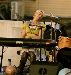 Mindy Gledhill is amazing! I LOVE her music!