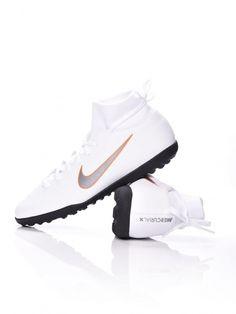 MEGNÉZEM NIKE SUPERFLYX 6 CLUB TF - Akcióláz foka 13 - Kedvezmény mértéke 5% - www.akciolaz.hu Cleats, Shoes, Fashion, Football Boots, Moda, Zapatos, Cleats Shoes, Shoes Outlet, Fashion Styles