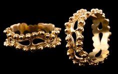Anelli sardi in oro. Bohemian Fashion, Bohemian Style, Ring Ring, Sardinia, Bling Bling, Rings, Paisley, Jewelery, Italy