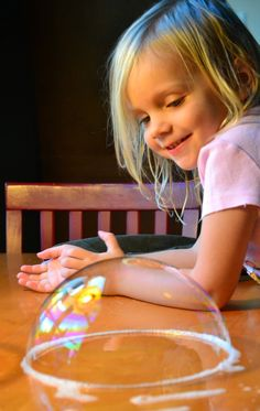 In Lieu of Preschool: Mad Bubble Scientist: Everyday Ingredients, Amazing Results! Craft Activities For Kids, Science Activities, Science Projects, Projects For Kids, Preschool Activities, Bubble Activities, Preschool Art, Easy Science, Science For Kids