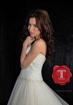 Wedding dress by Tranoulis Haute Couture Photo: Thomas Giannakis Model: Eirini Sterianou Wedding Dresses, Model, Fashion, Haute Couture, Mathematical Model, Moda, Bridal Dresses, Alon Livne Wedding Dresses
