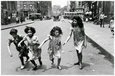 """Helen Levitt was an American photographer. She was particularly noted for """"street photography"""" around New York City, and has bee. History Of Photography, Creative Photography, Street Photography, Timeless Photography, Photography Ideas, Wedding Photography, Walker Evans, Leica, New York Street"""