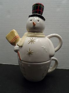 $24.98/FREE *domestic* SHIPPING Teapot Hallmark Winter Snowman Stacking tea cup/coffee mug Kitchen Decor Accent