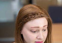 nrm_1423674042-syn-2-53a070ea17b20_-_cos-01-hairhacks-braids-de