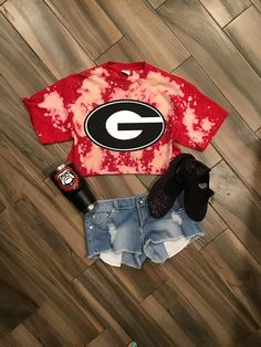 UGA Shirt // Custom UGA Cropped Tee // Georgia Bulldogs // University of Georgia // Custom Georgia Distressed Tee // Dawgs Georgia Bulldogs Shirt, Georgia Shirt, College Shirts, College Apparel, University Of Georgia, Georgia Girls, Game Day Shirts, Crop Shirt, Amigurumi