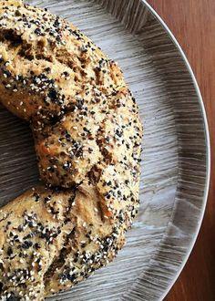 rosca de pascuas integral 1 Chicharrones, Bagel, Bread, Recipes, Herbalife, Food, Easter Food, Sweet Recipes, Cooking Recipes