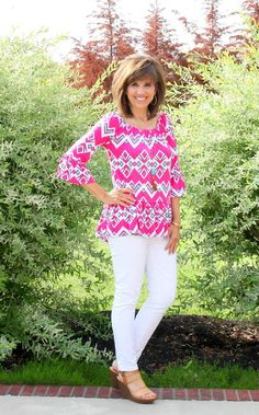 It's Day 15 of my 26 Days of Summer Fashion and today I'm sharing a bright and fun top from Glamour Farms.