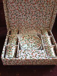 Vintage Christmas Holly Berry Tea Set  | eBay