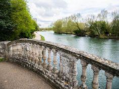 Bridge at Iffley lock, Oxfordshire Thames Path, River I, British Isles, Garden Bridge, Bridges, Wales, Britain, United Kingdom, Scotland