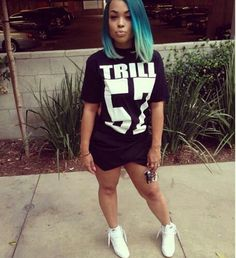 Heather Sanders ombre blue bob #boblife