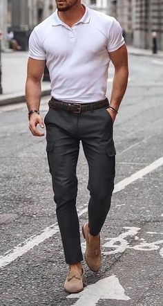 Stylish Mens Outfits, Casual Outfits, Men Casual, Cool Outfits, Mens Fashion Wear, Fashion Menswear, Denim Shirts, Polo T Shirts, Denim Outfit