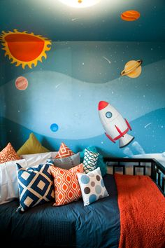 Murals for kids, property brothers, little boys rooms, baby boy rooms, todd Bedroom Color Schemes, Bedroom Themes, Bedroom Colors, Kids Bedroom, Space Theme Bedroom, Bedrooms, Design Bedroom, Little Boys Rooms, Baby Boy Rooms