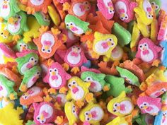 Gummy chick candies