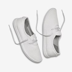 Women's Tree Skippers & Reviews (Chalk w/White Sole) | Sustainable Boat Shoes | Allbirds Slip On Sneakers, White Sneakers, Beach Wrap, Nautical Rope, Most Comfortable Shoes, Travel Shoes, How To Make Shoes, Wool Fabric, Keep Your Cool
