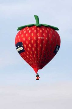 Strawberry hot air balloons Love this one
