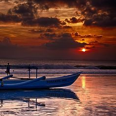 Let's enjoy this beautiful Indonesian sunset! Pic courtesy @rene_gi ,my edit. - @maddalenazd- #webstagram