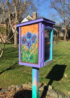charter 88502 in Richmond, VA, has beautiful mosaics on all sides created by the volunteer steward! Little Free Libraries, Little Library, Free Library, Library Ideas, Library Books, Mosaics, Wood Projects, Education, Creative