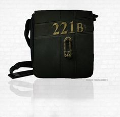 Baker Street Messenger Bag i want so bad! Sherlock Fandom, Sherlock Holmes, Sherlock Merchandise, Martin Freeman, Benedict Cumberbatch, Vatican Cameos, Small Messenger Bag, 221b Baker Street, Fandom Fashion