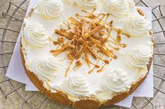 Another recipe for a Dutch Waffle Pie. Dutch Recipes, Sweet Recipes, Cake Recipes, Dessert Recipes, Cookie Cake Pie, Cake Cookies, No Bake Desserts, Delicious Desserts, Baking Bad