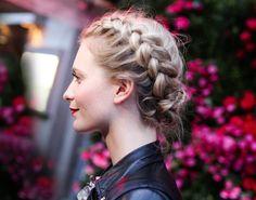 modern braids... perfect for dirndls and trachten!