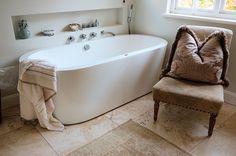 Clawfoot Bathtub, Garden Design, Bathroom, Interior, Washroom, Indoor, Full Bath, Landscape Designs, Interiors