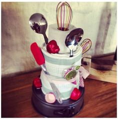 Cute idea for centre piece on main table...plus seconds as a gift