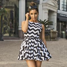 MAE is a ready-to-wear clothing brand founded in 2013 by Canadian born actress, singer, dancer and designer Melissa Molinaro Melissa Molinaro, Fashion Beauty, Ready To Wear, Dancer, Summer Outfits, Spring Summer, Celebs, Actresses, Pretty