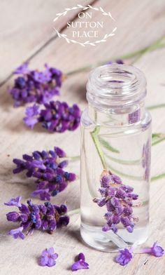 How to Make Lavender Linen Water | Linen Spray | Lavender Linen Spray | DIY Linen Spray | Free Lavender Linen Spray Printable Tags