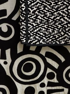 Large motif of stylised Japanese-style shapes embroidered on linen plain weave. Pierre Frey Fabric, Custom Carpet, Color Harmony, Fabric Patterns, Animal Print Rug, Origami, Weaving, Textiles, Black And White